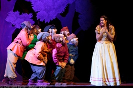 blanche-neige-spectacle-musical