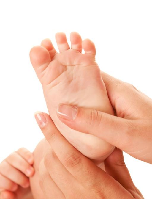 Massage Bébé par l Espace Bien Naître   ateliers mobiles dans le 06    RécréaNice 33c3c41d84d