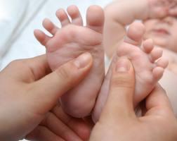 Massage Bébé par l Espace Bien Naître   ateliers mobiles dans le 06 ... 7f410f26af4
