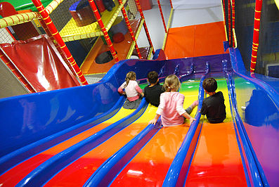 circus-party-moufins-parc-indoor-activites