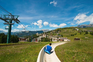 luge-ete-valberg-tarifs-horaires-famille