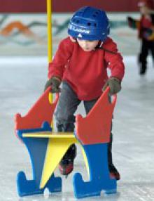patinoire-nice-enfants-apprentissage-patin-glace