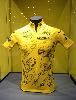 exposition-maillot-jaune-musee-national-sport-nice
