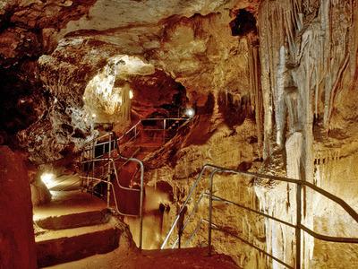 visite-grottes-alpes-maritimes-baume-oscure