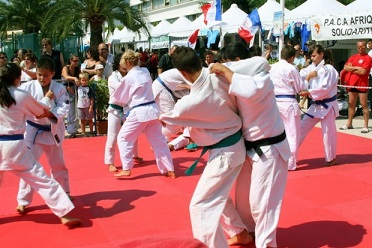 demonstration-sport-initiation-association-saint-laurent-var
