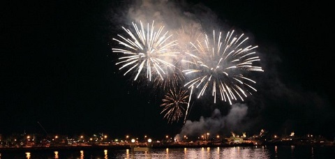 feu-artifice-cannes-nouvel-an-festivites