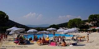 Piscine de la turbie un bassin en plein air et une vue exceptionnelle r cr anice - Piscine municipale cassis nice ...
