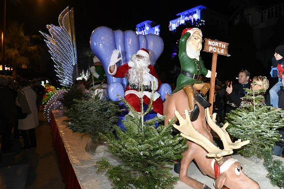 noel-cannet-illuminations-rocheville-spectacles-parades