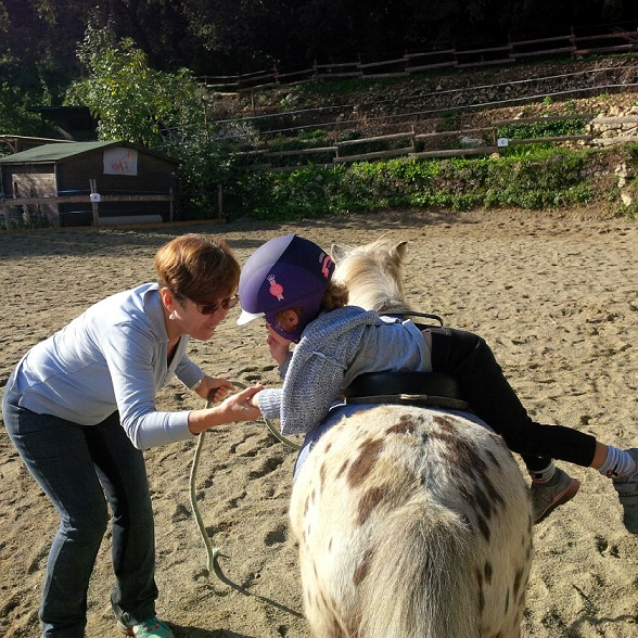 club-poney-enfants-decouverte-alpes-maritimes