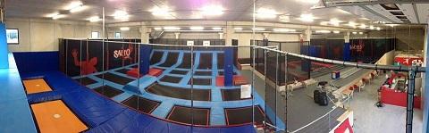 salto trampoline arena mougins parc de trampolines indoor r cr anice. Black Bedroom Furniture Sets. Home Design Ideas
