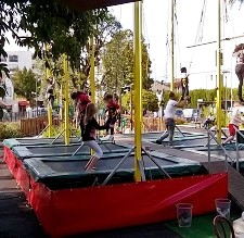 parc-attraction-enfants-manege-trampoline-loisirs