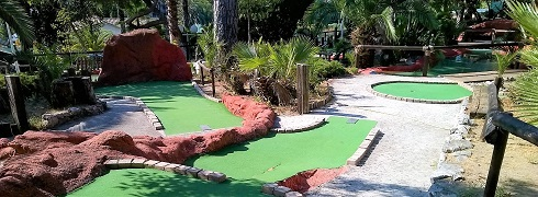mini-golf-koaland-parc-attractions-menton