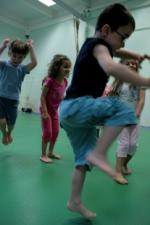cours-danse-contemporaine-enfants-parents-nice