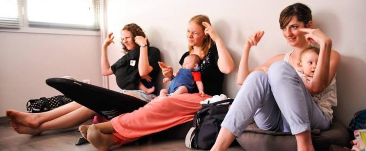 atelier-langue-signes-bebe-maman-bulle