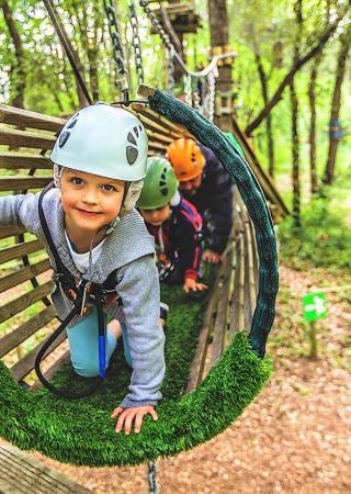 parc-aventure-pitchoun-forest-accrobranche-famille