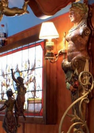 cafe-cirque-bouglione-restaurant-roulotte-famille