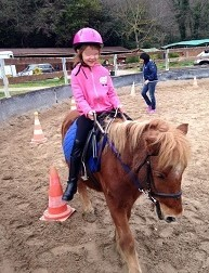 ecuries-veys-activite-enfants-equitation-poney