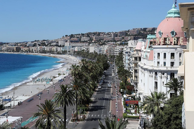 visit-nice-french-riviera-tour-guide