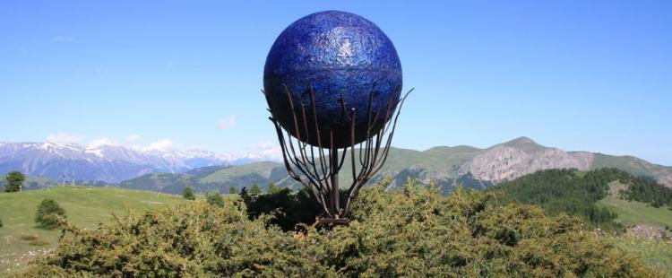 sortie-famille-sentier-planetaire-valberg-montagne