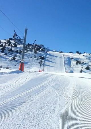 vacances-ski-enfants-famille-greolieres-neiges